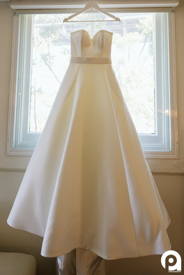 The stunning, elegant wedding dress by Augusta Jones